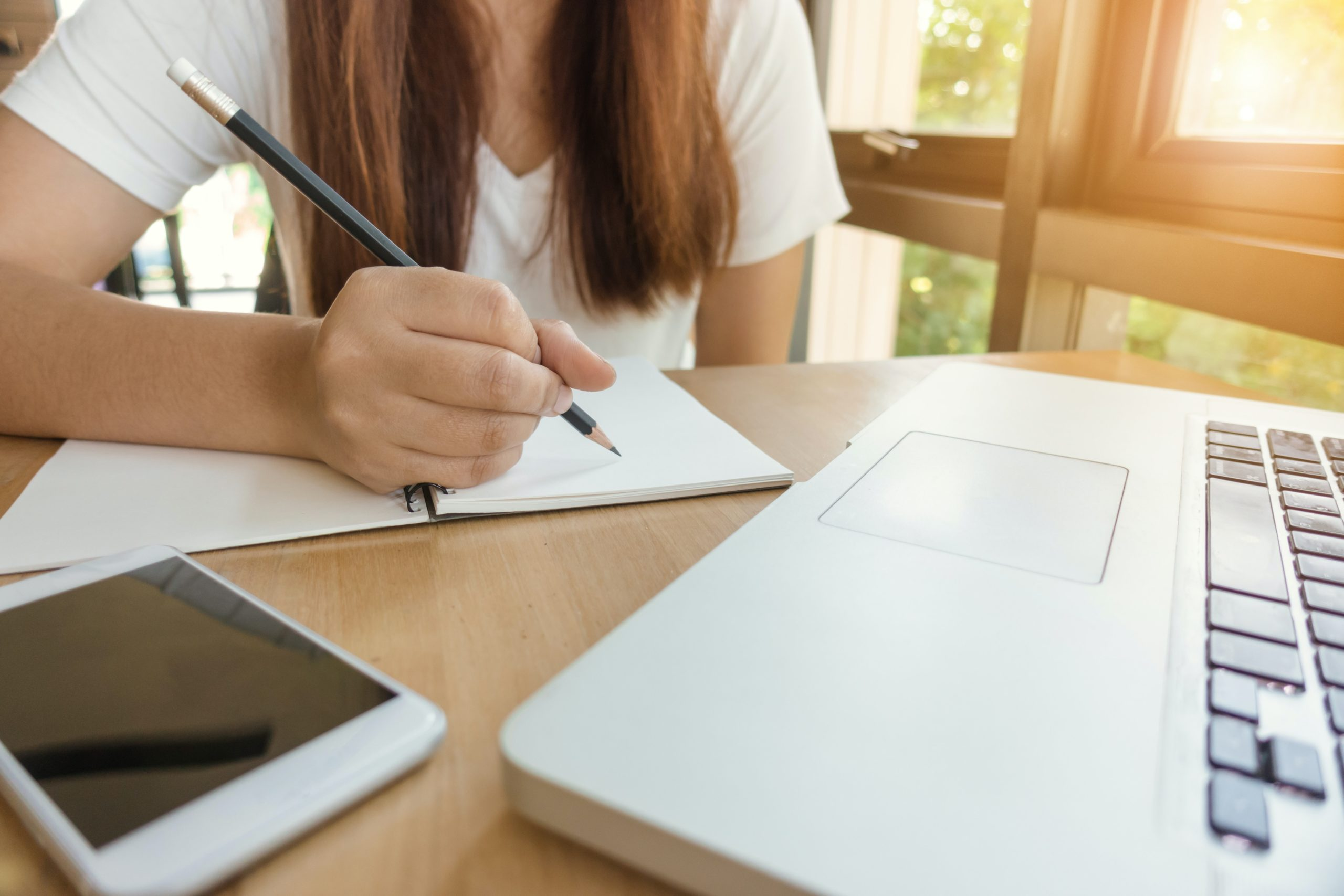 Student Apartment Talk Writing